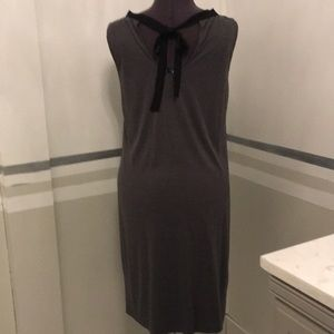 LOFT Dresses - Charcoal grey Shift size m 6-8 scoop neck and bow